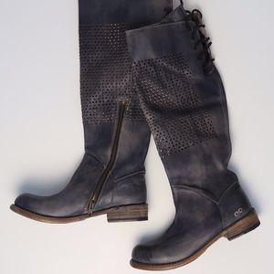 NWT BED STU SZ 38/8 Cambridge Tall Leather…